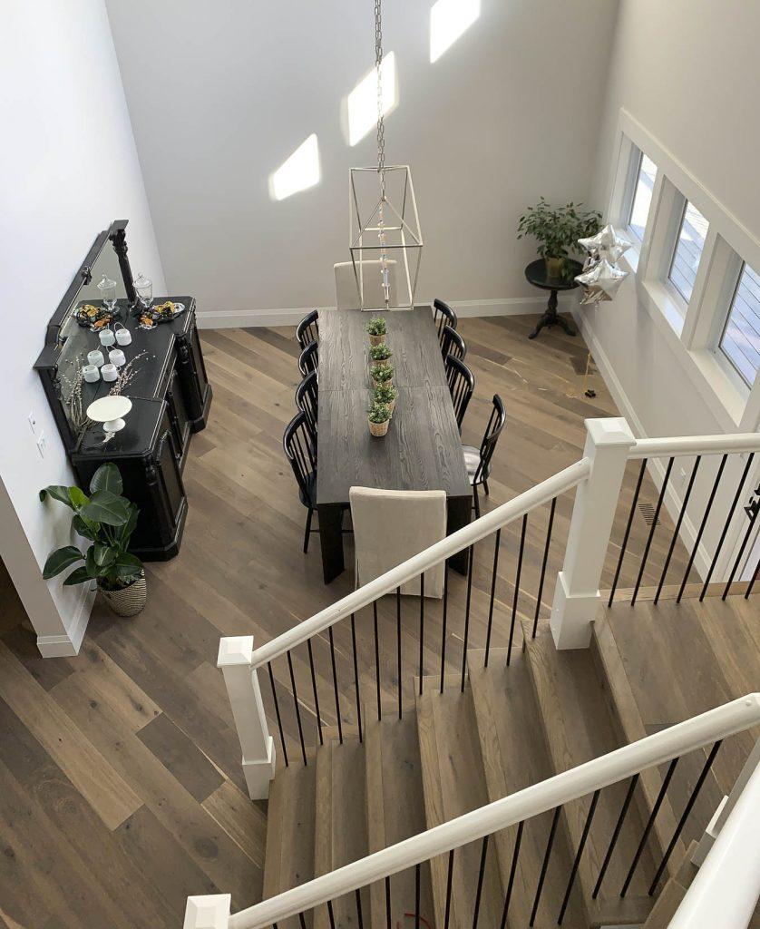 Dining room with farmhouse style floors